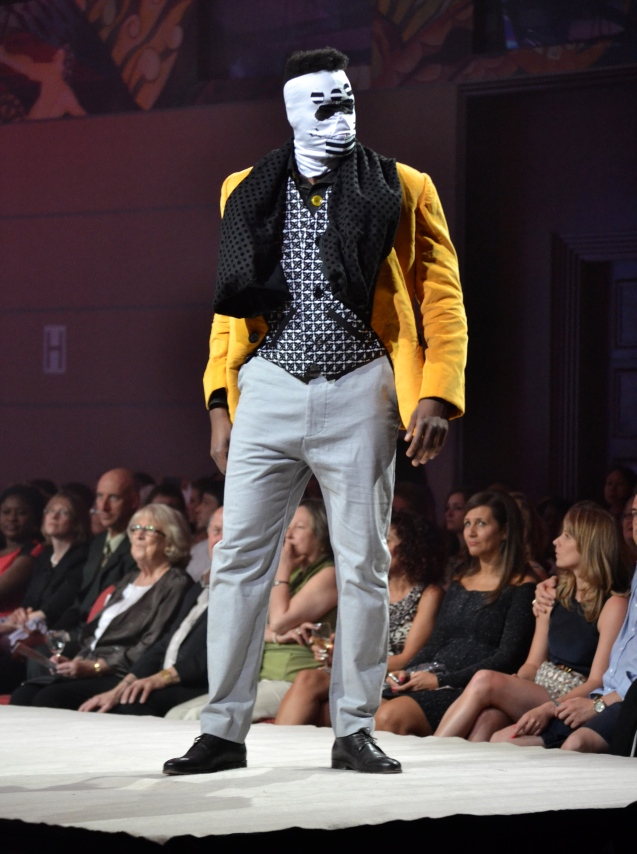 Men's yellow blazer